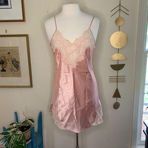 Vintage Victoria's Secret chemise/slip